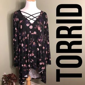 Torrid 3 high low style shirt w/criss cross straps